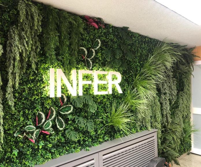 jardin vertical artificial en cubas de la sagra empresa Infer cocinas
