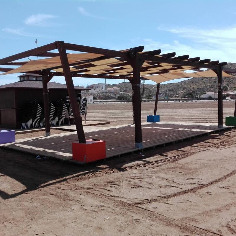 Chiringutos y módulos transportables: Servicios de Maderania