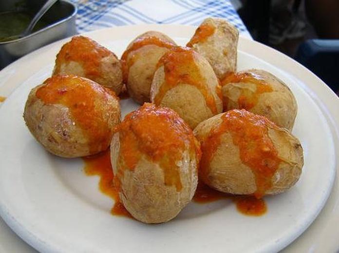 Patatas con mojo picon