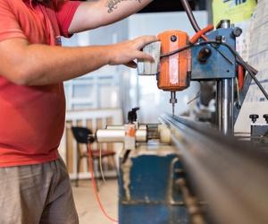 Trabajos de carpintería de aluminio en general