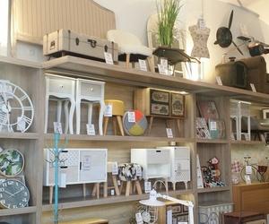 Mobiliario para tienda de muebles