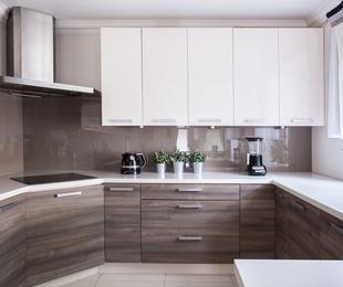 Muebles a medida para baños y cocinas