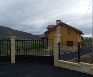 Construcción y rehabilitación de viviendas unifamiliares