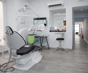 Sala para tratamientos dentales de la Clínica Sanadent