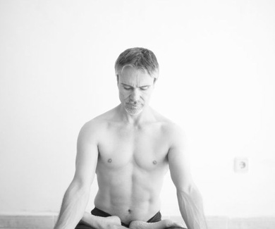 Curso de Iniciación a Ashtanga Yoga para principiantes en Palma de Mallorca