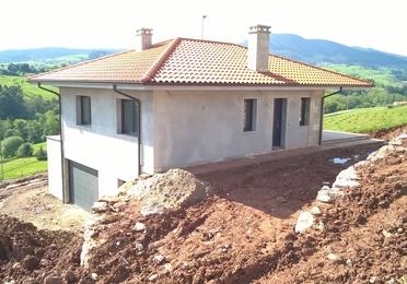 Instalacion de Canalón de aluminio lacado en vivienda unifamiliar