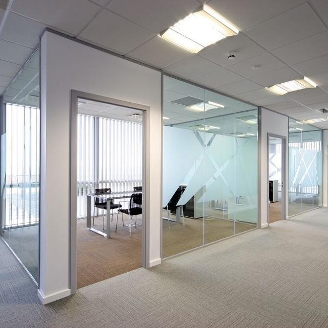 La posibilidad de instalar mamparas en las oficinas