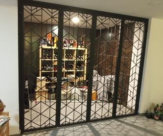Mostrador para oficinas: Servicios y Productos de Cerrajería Avelino Izquierdo, S.L.