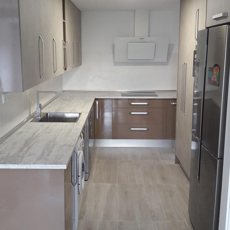 Muebles de cocina: Servicios de Carpintería Madehcor
