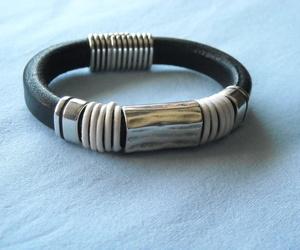 Pulseras de cuero regaliz.: Piedra de Ávalon