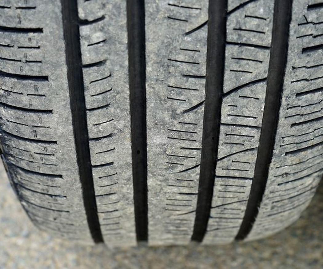 Las señales que indican que debes cambiar los neumáticos