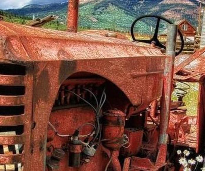 PIEZAS OCASION TRACTOR MASSEY FERGUSON 65 -775-: Compra venta  de Tallers Veser