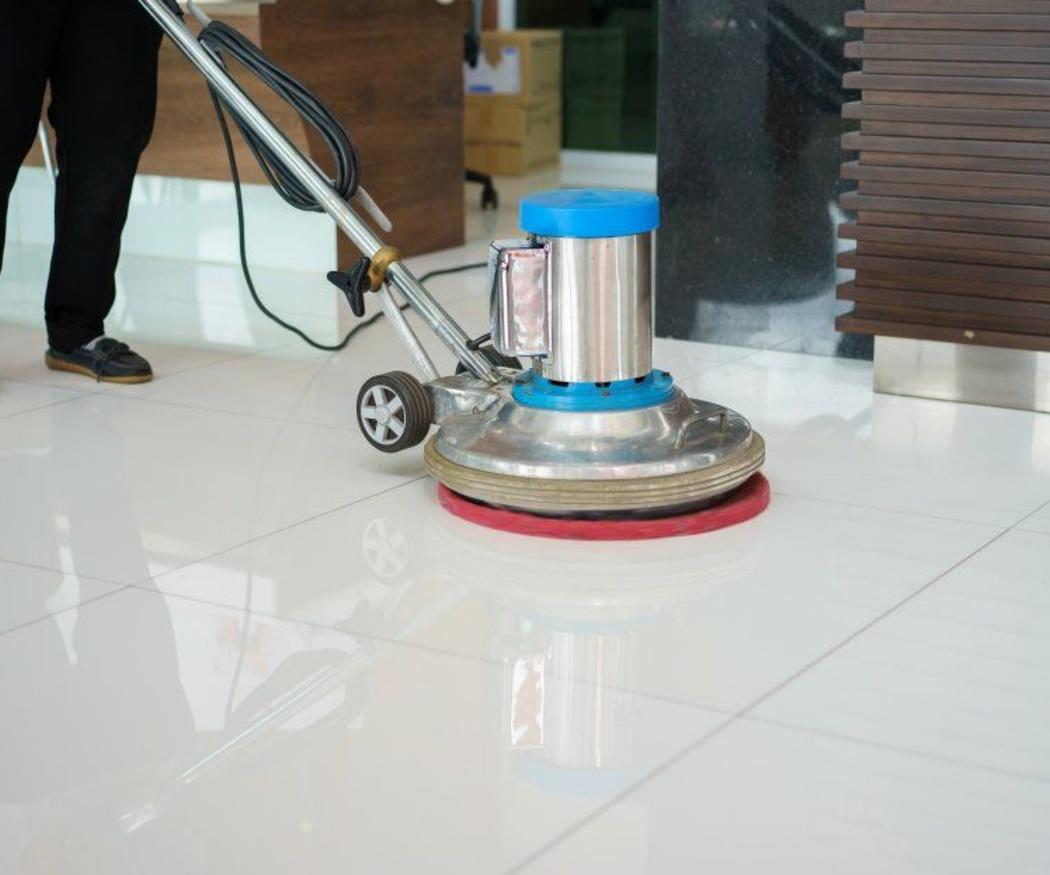 ¿Cada cuánto pulir un suelo de mármol?