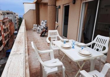 Ático en Torrevieja. Gran terraza de 22 m²