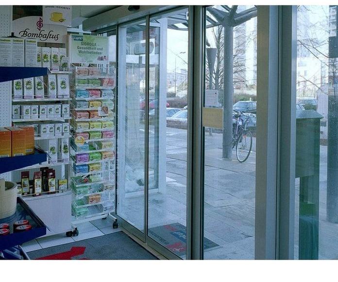 Puertas de cristales automáticas: Trabajos de R.F.C. Puertas Automáticas