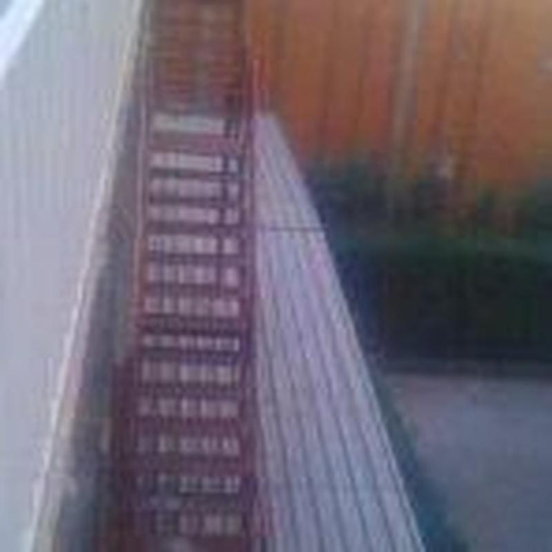 Escalera emergencia contra incendios.