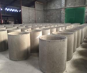 Fabricación de tubos de hormigón en Extremadura