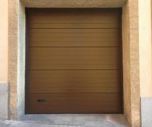 Instalamos puertas seccionales