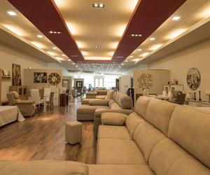 Exposición de sofás en Córdoba