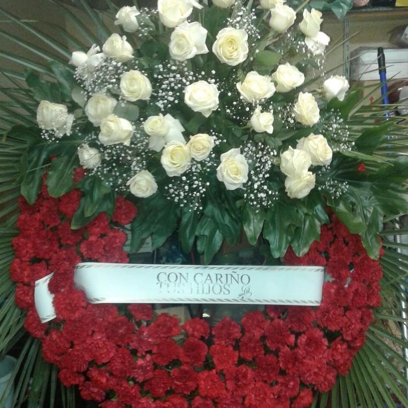 Coronas difuntos: Arreglos Florales de Flores Lis Arte Floral