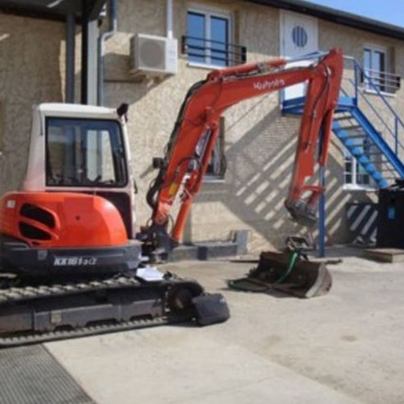 Vehículos y maquinaria: Servicios de Grúas y Transportes Erauskin