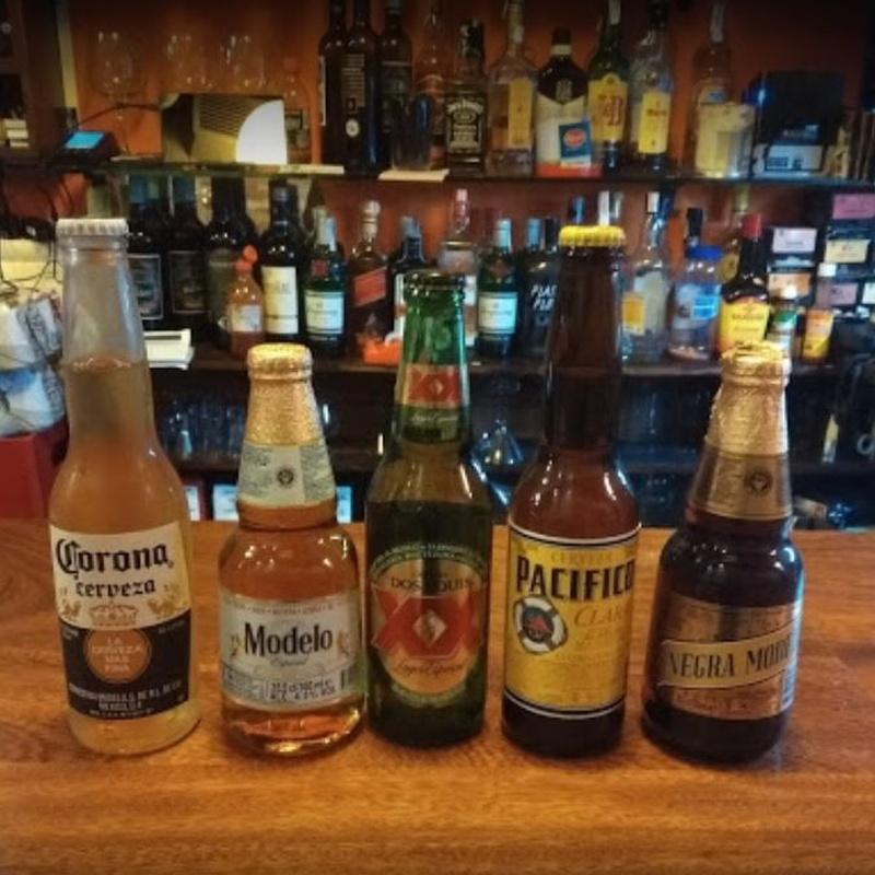 Cerveza Mexicana:  de Taquería El Mariachi