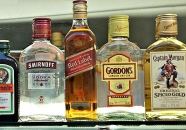 Rones y vodkas