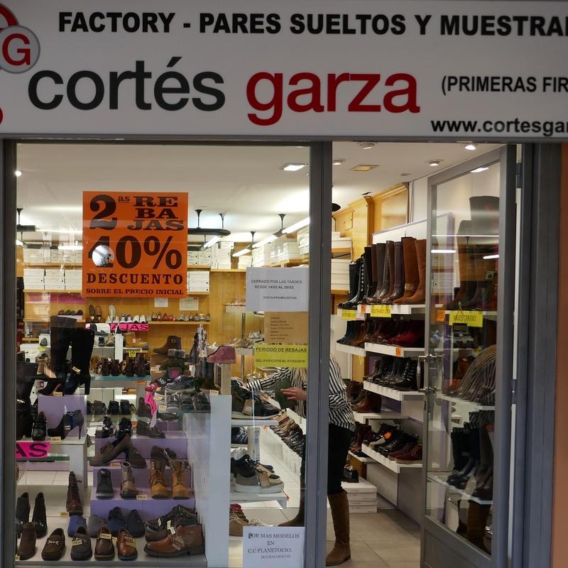 Cortés Garza: Tiendas de Zoco Villalba