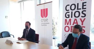 FIRMA DEL CONVENIO ENTRE LAS UNIVERSIDADES ESPAÑOLAS(CRUE) Y EL CONSEJO DE COLEGIOS MAYORES