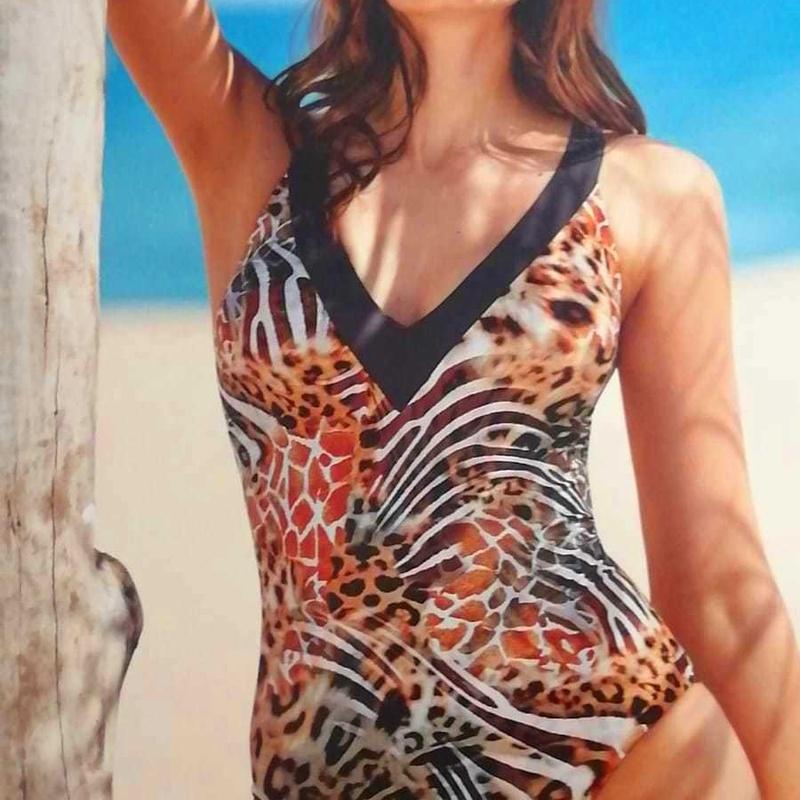 Bañador  estampado animal: Catálogo de Manuela Lencería