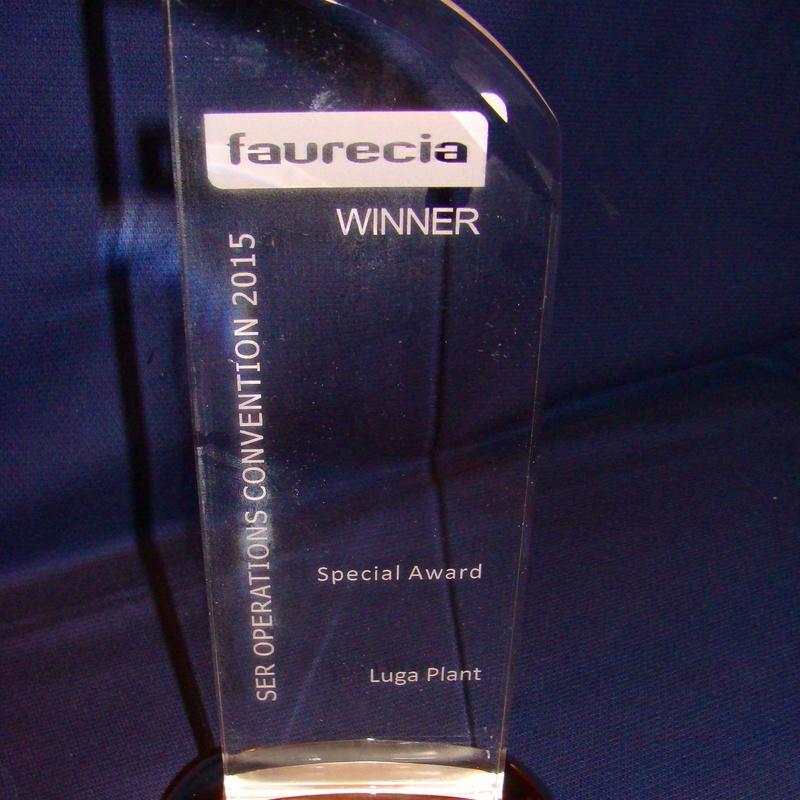 Trofeo en Cristal: Trabajos Realizados de Personal Laser