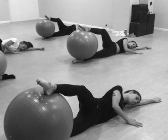 Preparación examenes de Danza Moderna por ACADE: Servicios de Escuela de danza Patricia Doménech