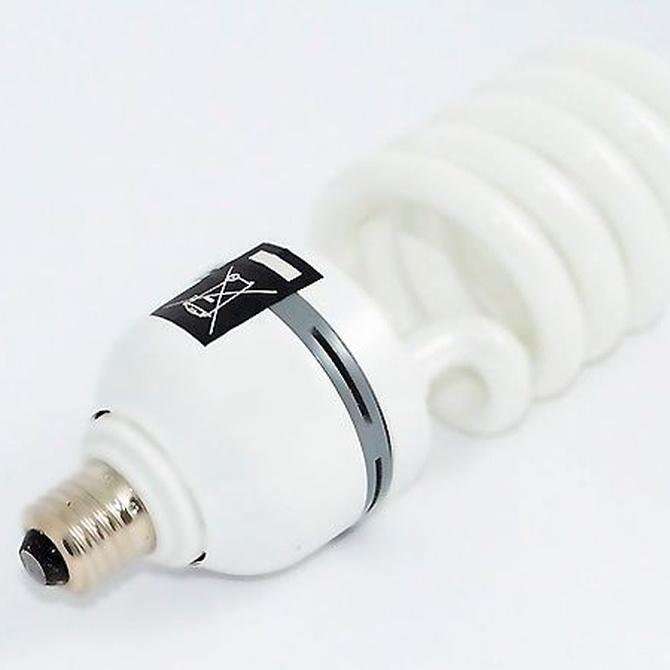 ¿Cuáles son las diferencias entre bombillas LED y de bajo consumo?