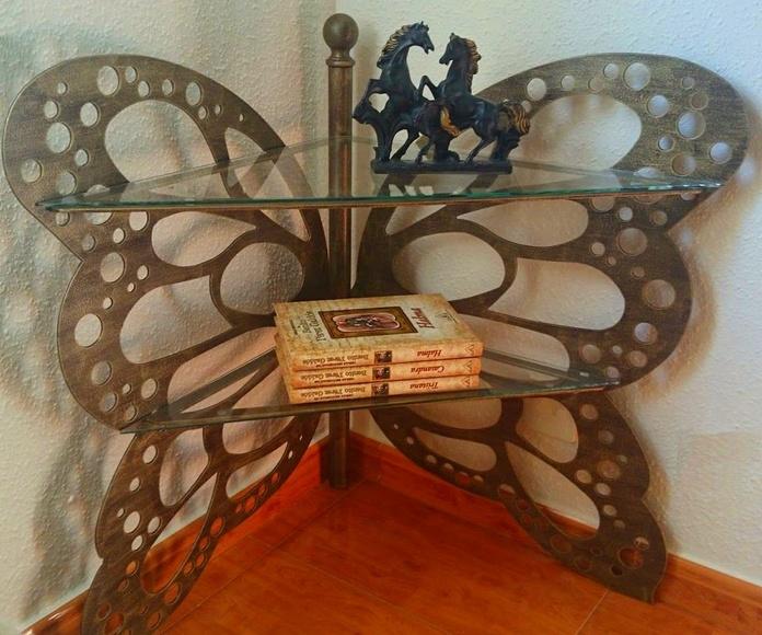 Rinconera Mariposa: Catálogo de muebles de forja de Forja Manuel Jiménez