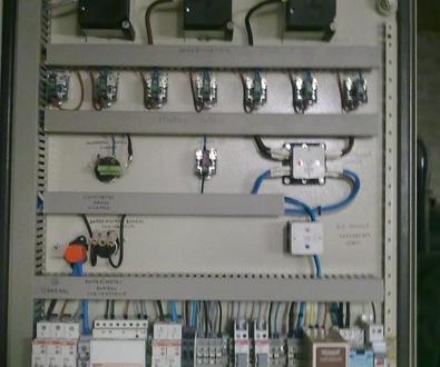 Elaboración de cuadros eléctricos personalizados
