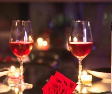 Bares y Flores, celebran amores. Las claves para un San Valentín perfecto.