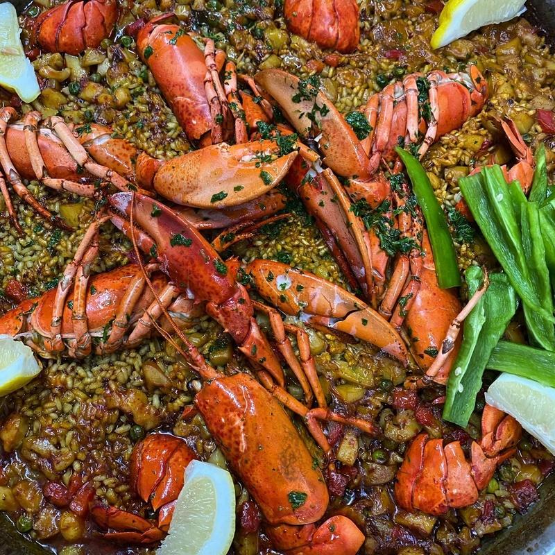 Carta, para picar, ensaladas, nuestros arroces, paellas o fideuás: Productos de Restaurante Sa Goleta