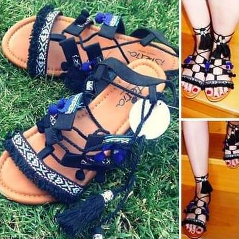 Sandalias: Calzado y complementos de Zapatería Ana García