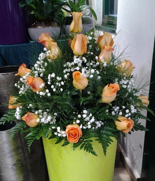 Centro redondo de 18 rosas: Servicios de Arte Flor