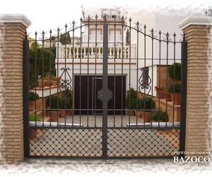 Todos los productos y servicios de Puertas automáticas: Puertas Metálicas Bazoco