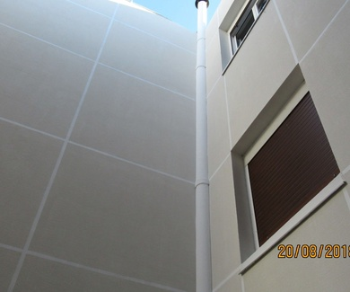 Instalación en fachadas de sistema de aislamiento térmico (SATE)