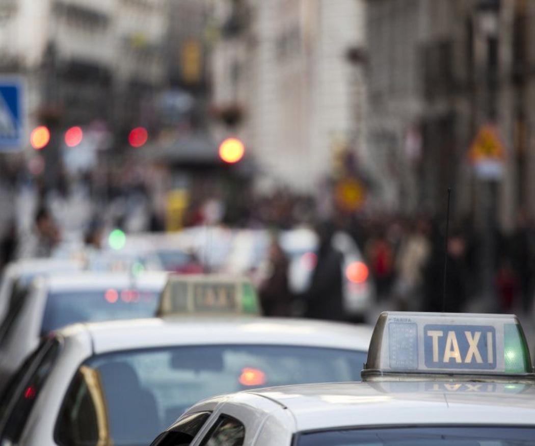 La comodidad del traslado al aeropuerto en taxi