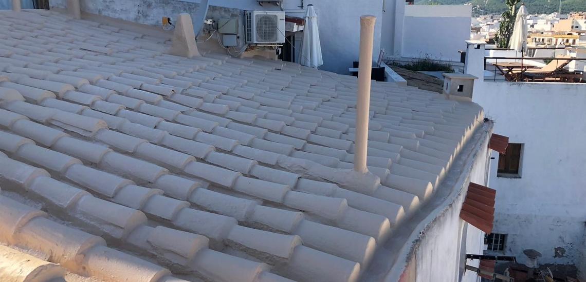 Reparaciones de cubiertas y tejados en Ibiza rápidas y eficientes
