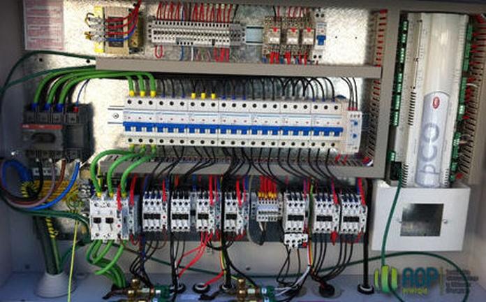 Automatismos: Servicios de Electricidad David