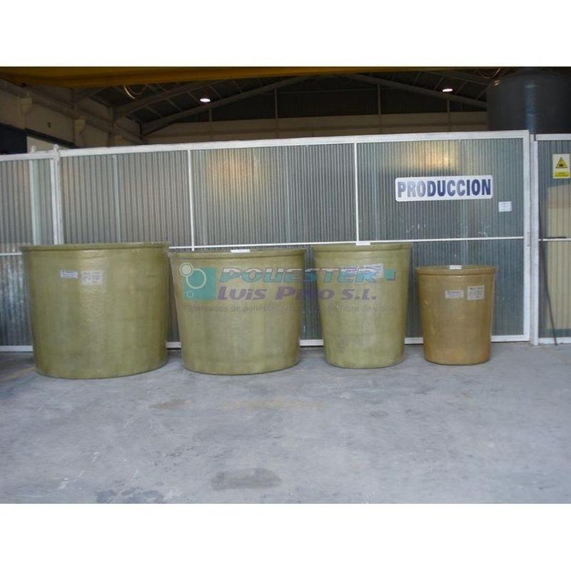Depósitos para productos corrosivos: Servicios y Productos de Poliéster Luis Pino