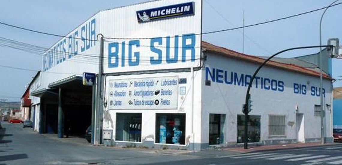 Fachada Big Sur Neumaticos Murcia