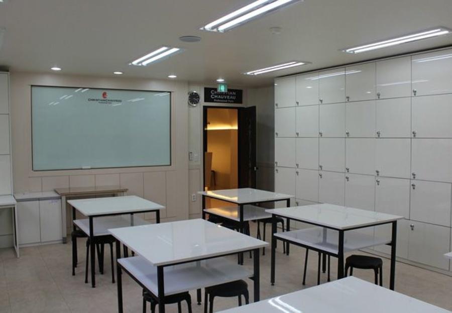 El mejor mobiliario para tu academia de estudios