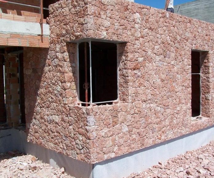 Fachada en mármol Rojo Alicante