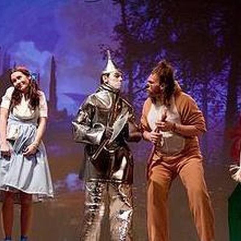 El Mago de Oz: Cartelera y actividades de Teseo Teatro