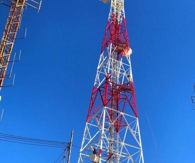 Reparación y pintado de antenas.